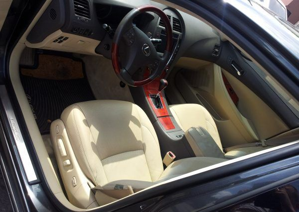Авто Lexus, салон, панель